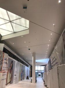 realizácia, návrh a montáž núdzového osvetlenia pre Tesco Bratislava